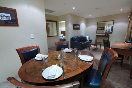 Quality Hotel Powerhouse - Accommodation Broken Hill