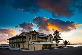 Arno Bay Hotel - Accommodation Broken Hill