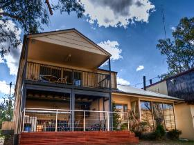 River Shack Rentals - The Manor - Accommodation Broken Hill