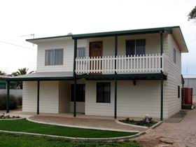 Louth Bay Holiday Apartment - Accommodation Broken Hill