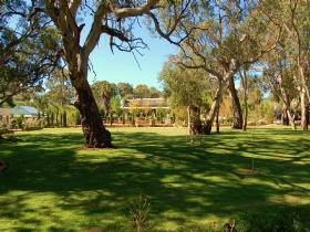 Jacobs Creek Retreat at Moorooroo Park - Accommodation Broken Hill