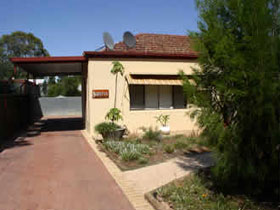 Loxton Smiffy's Bed And Breakfast Sadlier Street - Accommodation Broken Hill