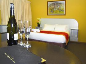 Victoria Hotel - Strathalbyn - Accommodation Broken Hill