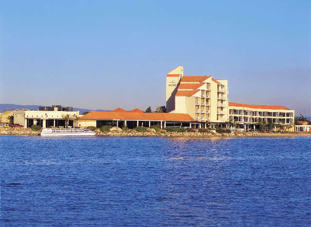 The Lakes Resort Hotel - Accommodation Broken Hill