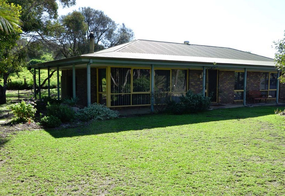 The Beach House - Normanville - Accommodation Broken Hill