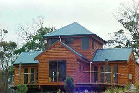 Tree House - The - Accommodation Broken Hill