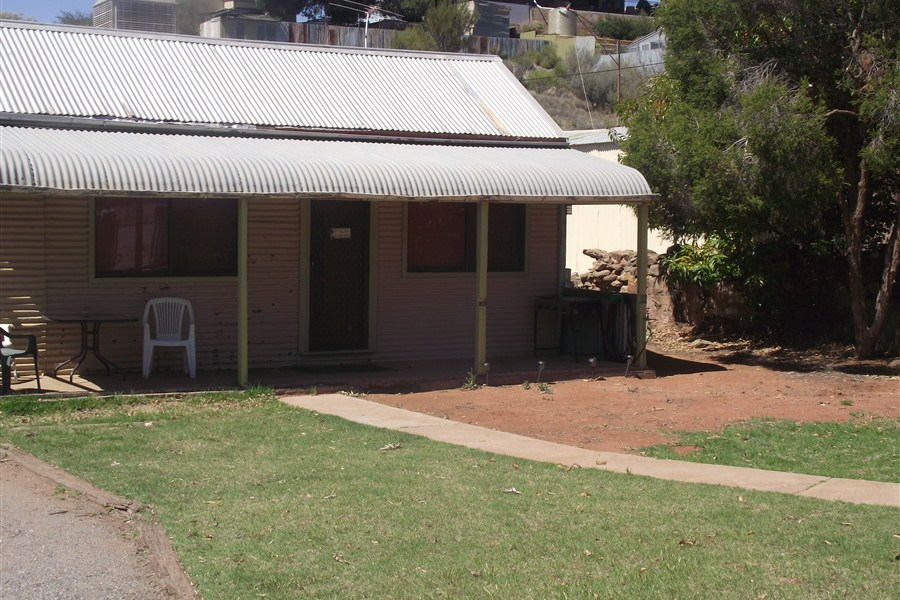 Aly's Cottage - Accommodation Broken Hill