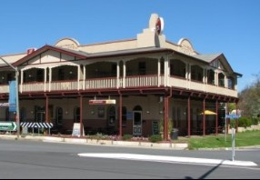 The Royal Hotel Adelong - Accommodation Broken Hill