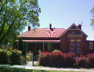 Tumut Accommodation Sefton House - Accommodation Broken Hill