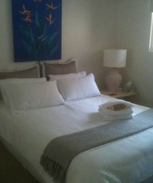 Absolute Beachfront Manly Bed and Breakfast - Accommodation Broken Hill