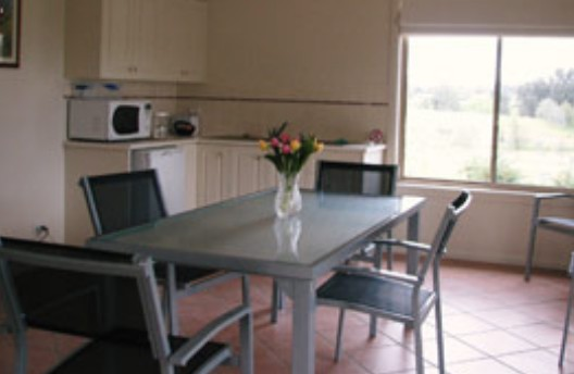 Burns B and B and Yabby Farm - Accommodation Broken Hill