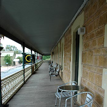 Hotel Mannum - Accommodation Broken Hill