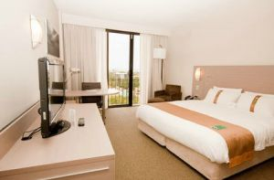 Holiday Inn Darwin Hotel - Accommodation Broken Hill