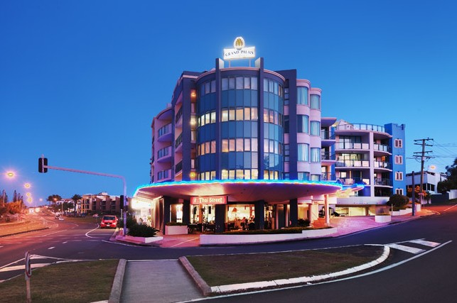Grand Palais Beachside Resort - Accommodation Broken Hill