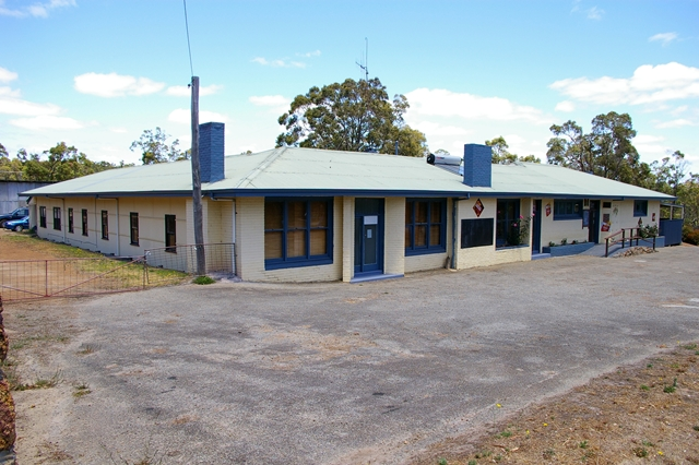 Rocky Gully Pub - Accommodation Broken Hill