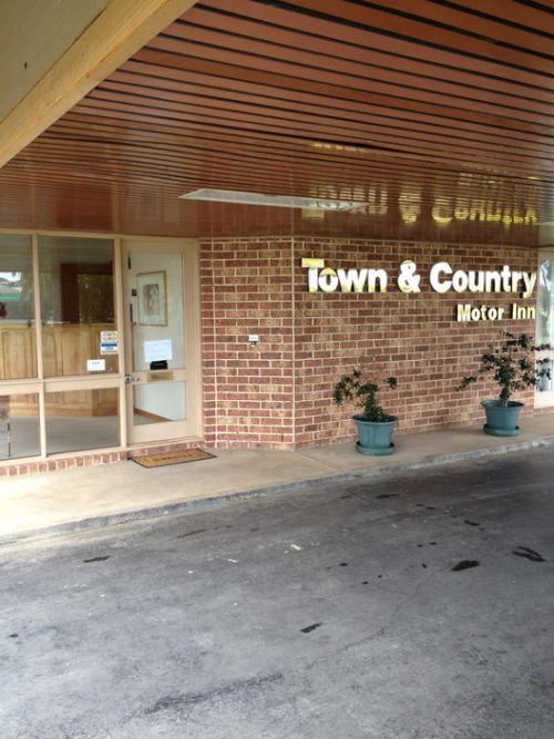 Town amp Country Motor Inn Forbes - Accommodation Broken Hill