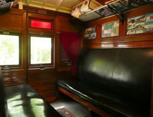 Mt Nebo Railway Carriage amp Chalet - Accommodation Broken Hill