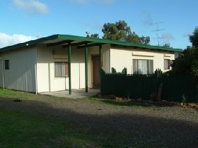 Caramor Cottages - Nathan's Nook - Accommodation Broken Hill