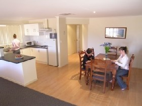 Copper Cove Holiday Villas - Accommodation Broken Hill