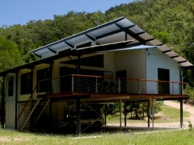 Creek Valley Rainforest Retreat - Accommodation Broken Hill