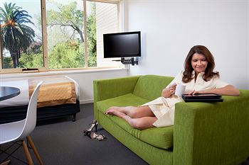 City Edge Serviced Apartments East Melbourne - Accommodation Broken Hill