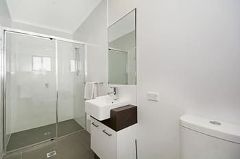 Cooroy Luxury Motel Apartments Noosa - Accommodation Broken Hill