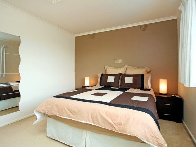 Frankston BB - Accommodation Broken Hill
