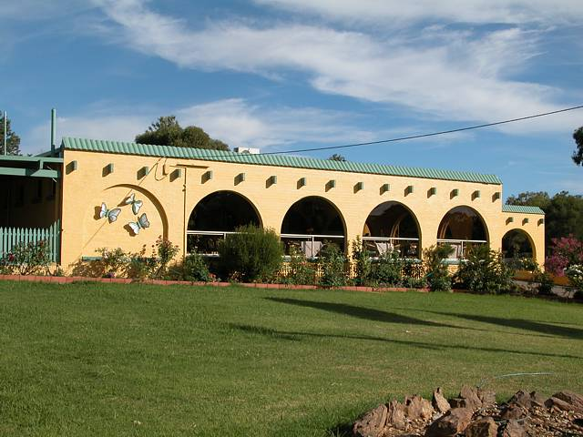 Tarcutta Halfway Motor Inn/Horse Hotel - Accommodation Broken Hill