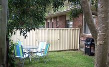 2 Dogs Cottages - Lemon - Accommodation Broken Hill