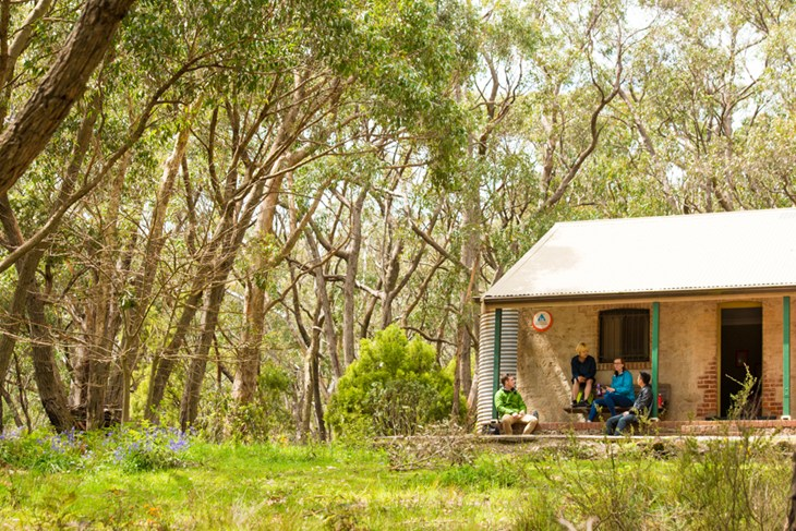 Mt Lofty YHA - Accommodation Broken Hill