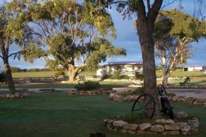 Coodlie Park - Port Kenny - Venus Bay - Accommodation Broken Hill