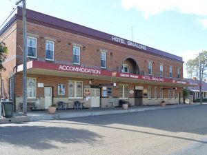 Binalong Hotel - Accommodation Broken Hill