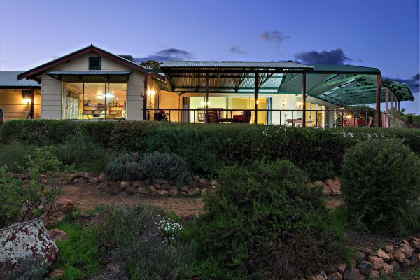 Shambhala Guesthouse - Accommodation Broken Hill