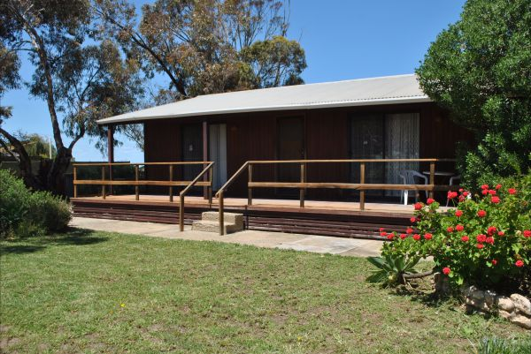 Clinton Cabin - Accommodation Broken Hill