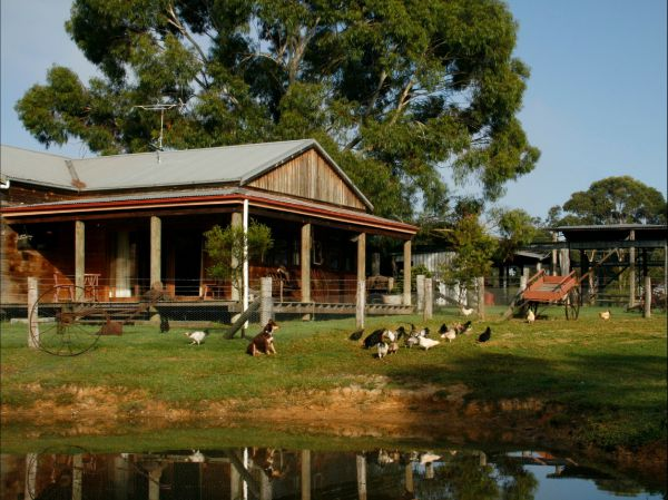 Tobruk Sydney Farm Stay - Accommodation Broken Hill