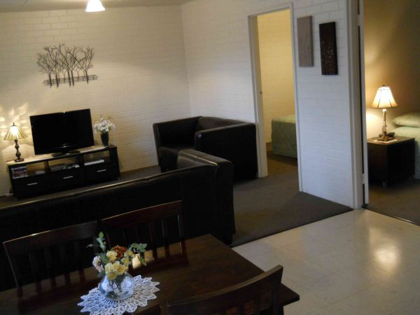 BJs Short Stay Apartments - Accommodation Broken Hill