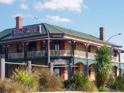 Streaky Bay Hotel Motel - Accommodation Broken Hill