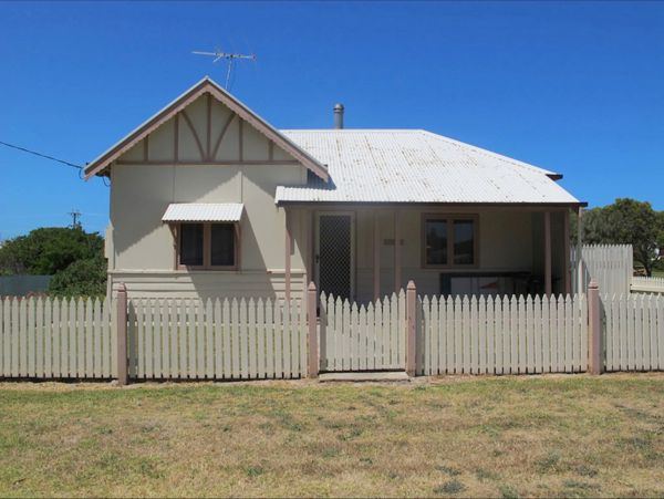 Ellison's Holiday Home - Accommodation Broken Hill