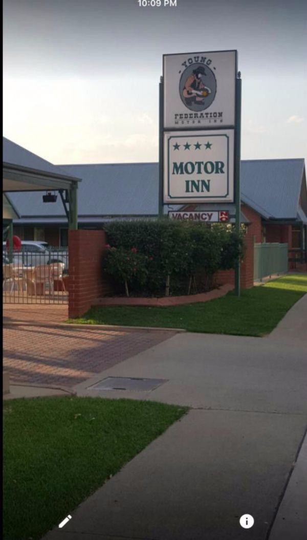 Federation Motor Inn Young - Accommodation Broken Hill