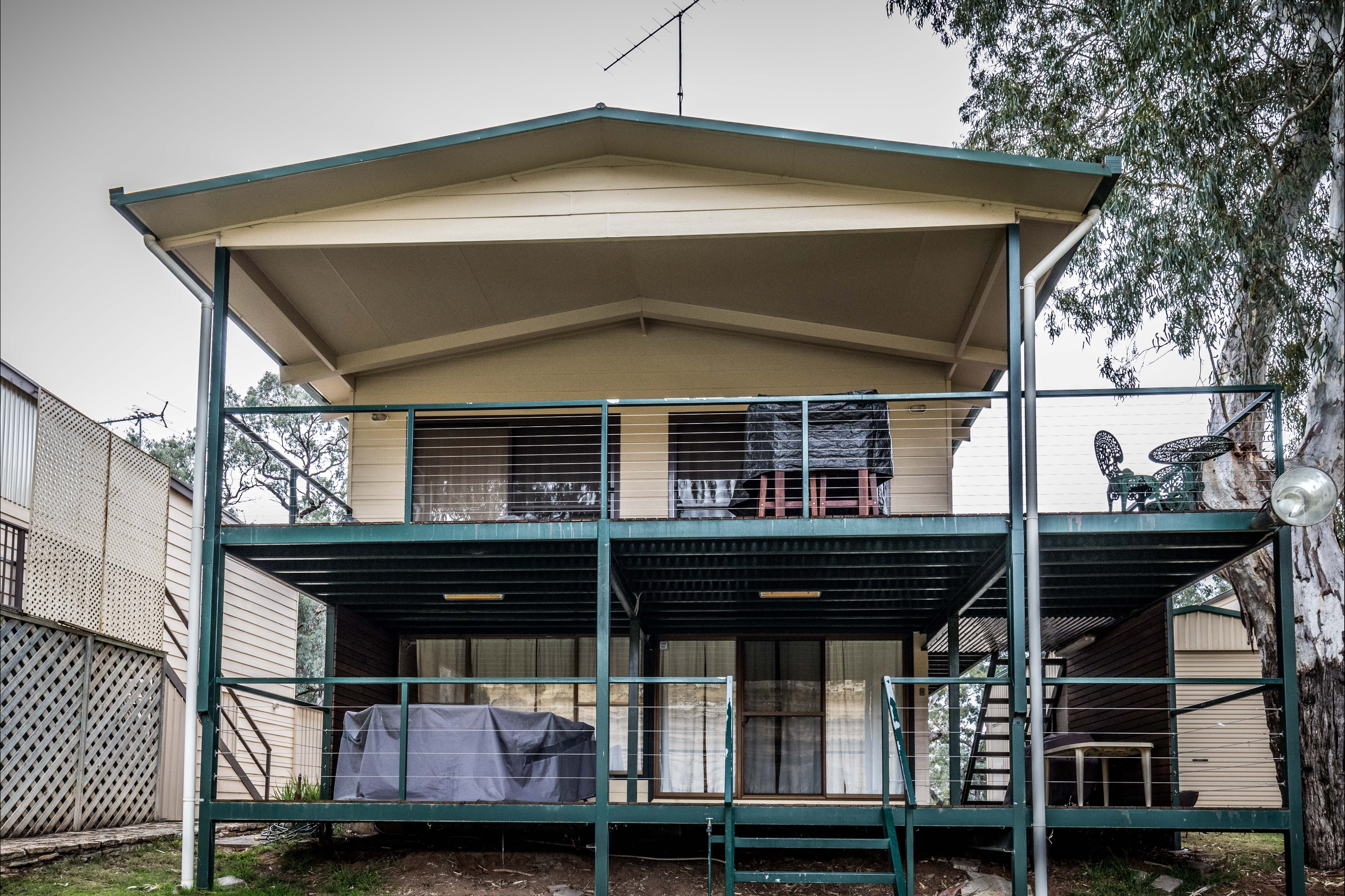 Page Drive Blanchetown  -River Shack Rentals - Accommodation Broken Hill