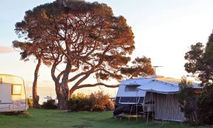 WhiteCliffs to Camerons Bight Foreshore Reserve - Accommodation Broken Hill