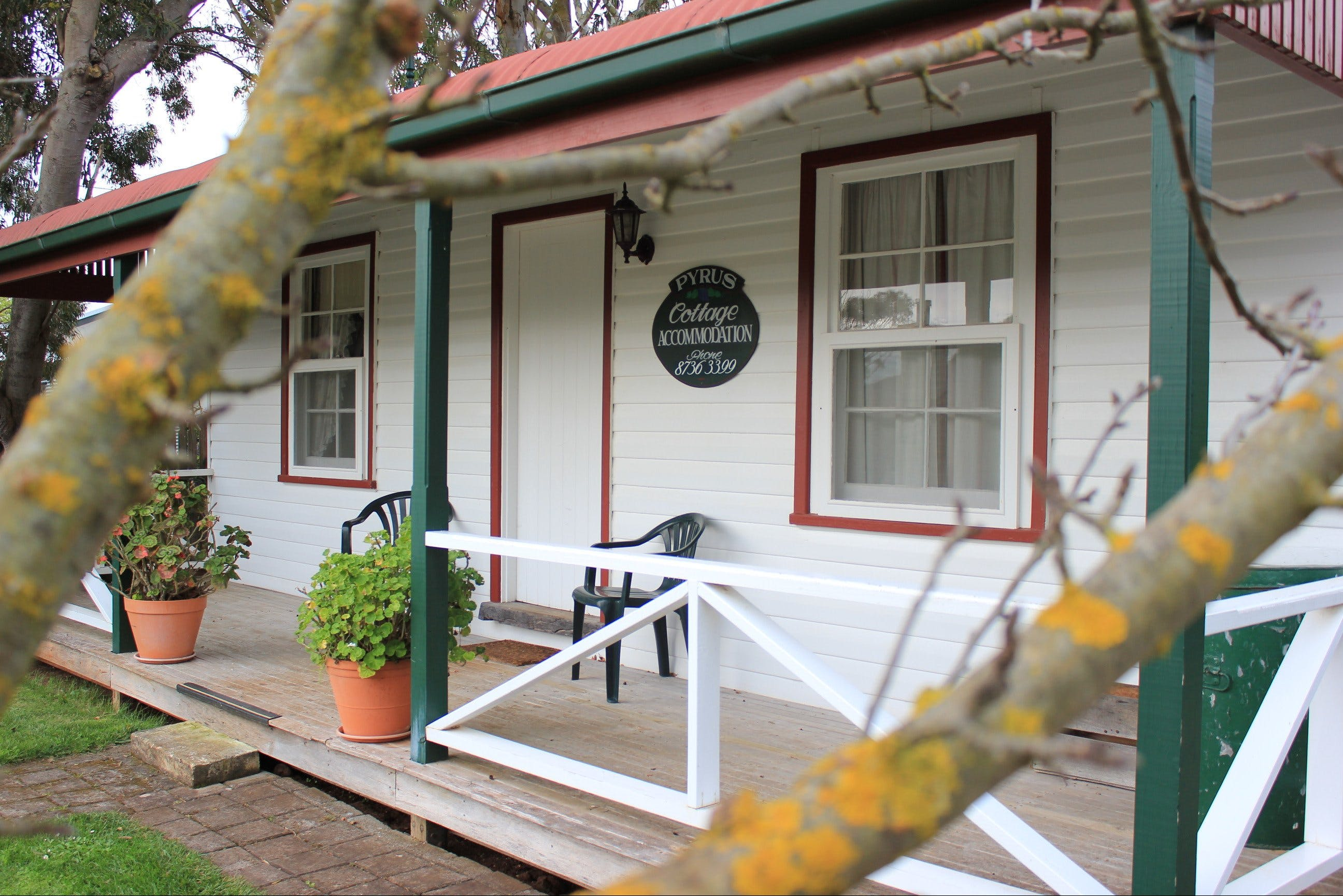 Coonawarra's Pyrus Cottage - Accommodation Broken Hill