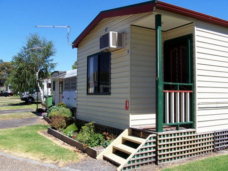 Leongatha Apex Caravan Park - Accommodation Broken Hill
