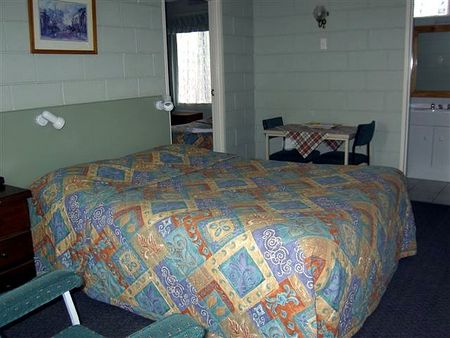Daylesford Central Motor Inn - Accommodation Broken Hill