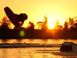 Bonney's WA Water Ski Park - Accommodation Broken Hill