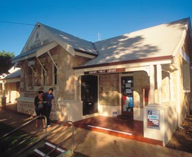 Dongara Heritage Trail - Accommodation Broken Hill