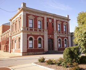 Northam Town Hall - Accommodation Broken Hill