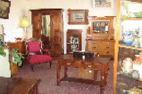 New Norfolk Antiques - Accommodation Broken Hill