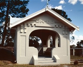 Stanthorpe Soldiers Memorial - Accommodation Broken Hill