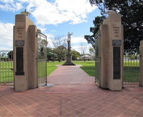 Goondiwindi War Memorial - Accommodation Broken Hill